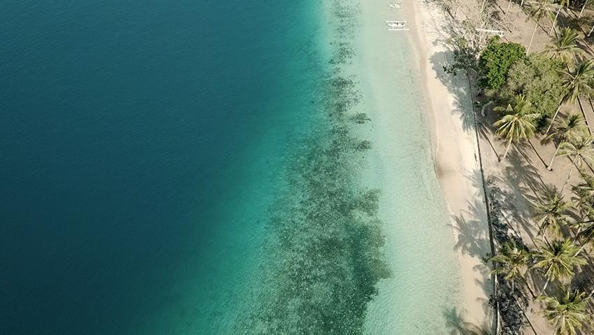 Se prendre pour Robinson Crusoe à « Gili Asahan », une île méconnue en Indonésie © Laurie Medina