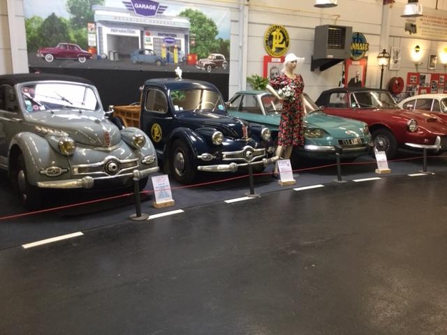Exposition provisoire consacrée aux voitures Panhard - DR : J.-P.C.