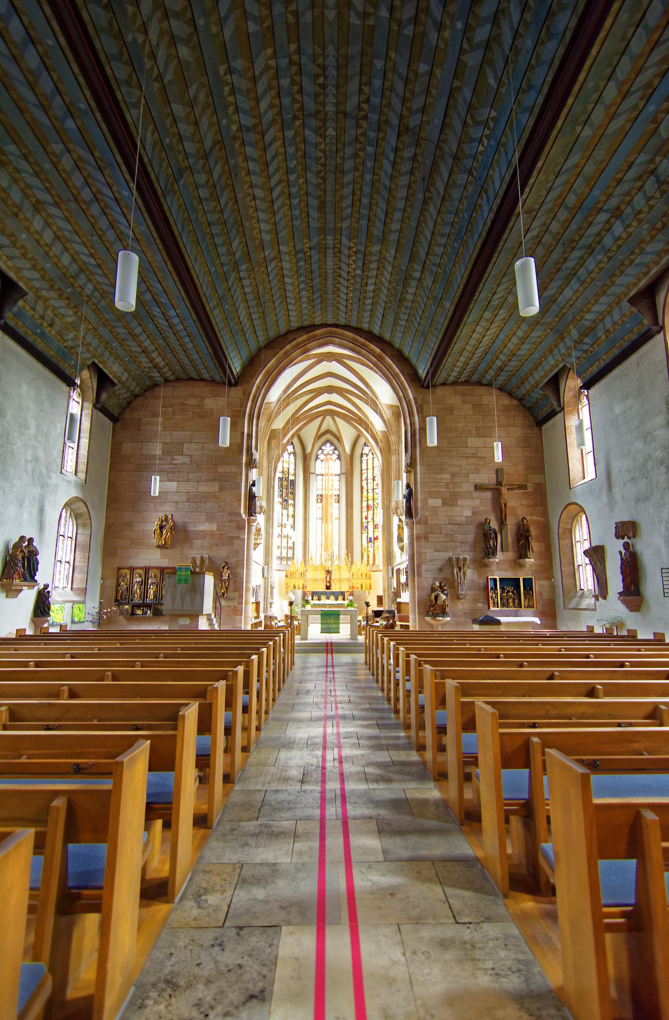 Prendre le temps, déconnecter, contempler, reposer ses oreilles: une visite à l'église s'impose./ Crédit DepositPhoto