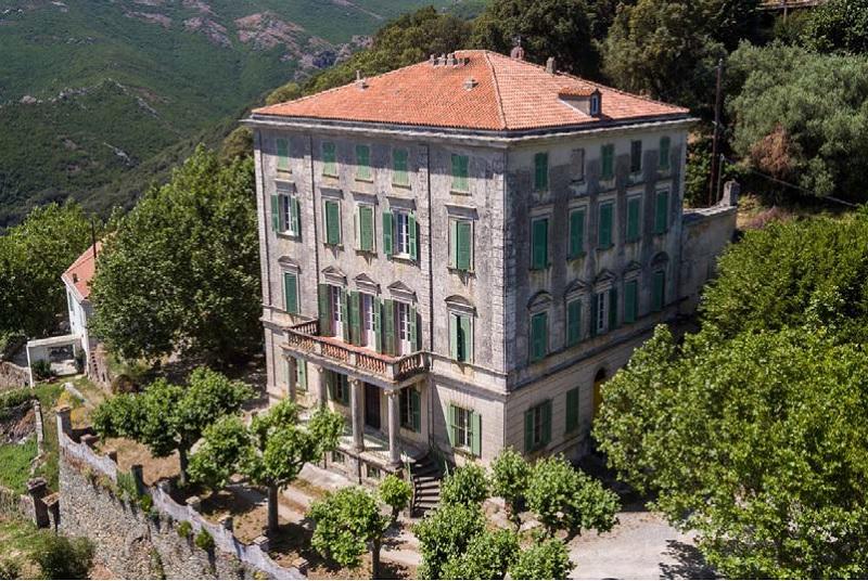 Le Palazzu Nicrosi, mythique maison d'Américains emblématique du Cap corse - DR : Event'Com Voyages