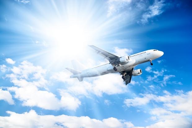 Il s'agit de fixer un prix minimum au voyage aérien, court, moyen ou long-courrier, prenant en compte la réalité de sa valeur, et d'éviter par là même le dumping environnemental et social - DR : Depositphotos.com, Chaoss