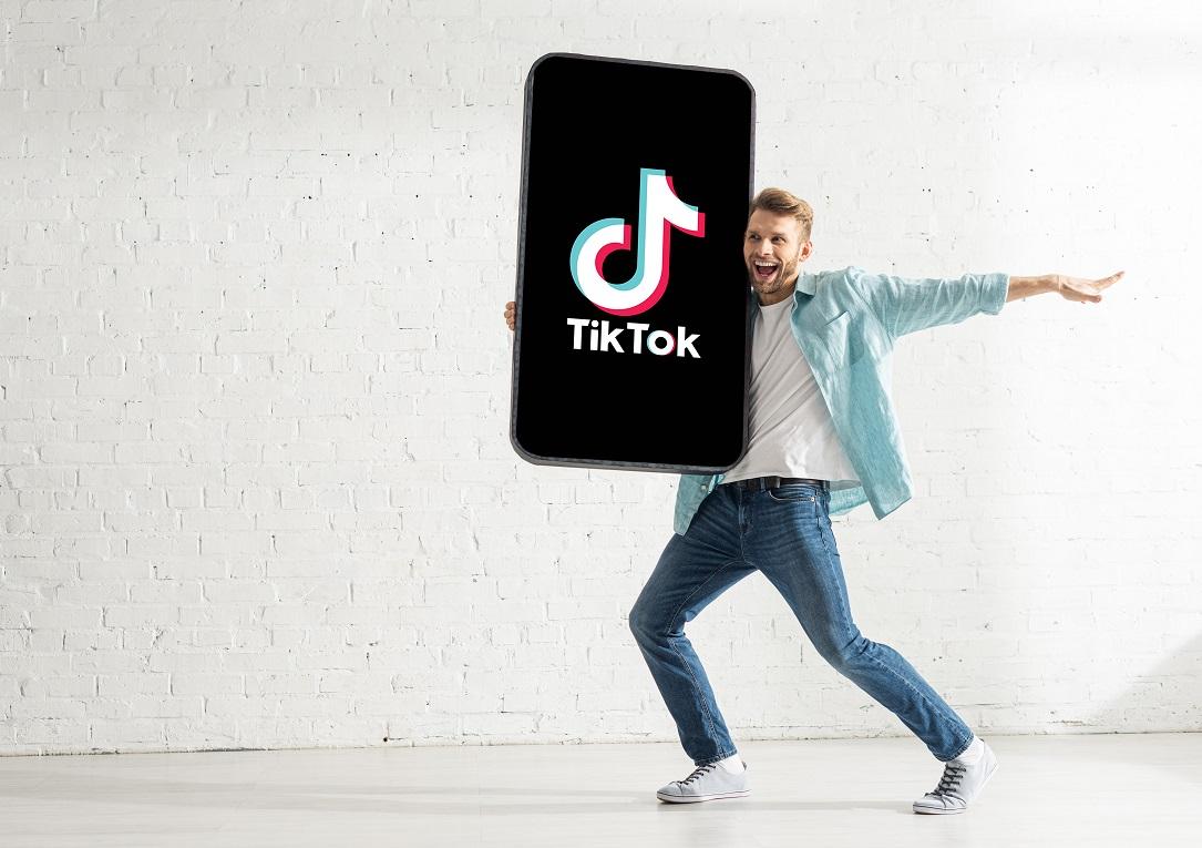 Avec 680 millions d'utilisateurs uniques, TikTok est devenu un incontournable en 2020 - Crédit photo : Depositphotos @HayDmitriy