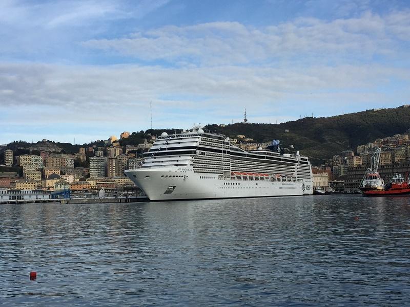 Le MSC Magnifica au port de Gênes en Italie - Photo MSC