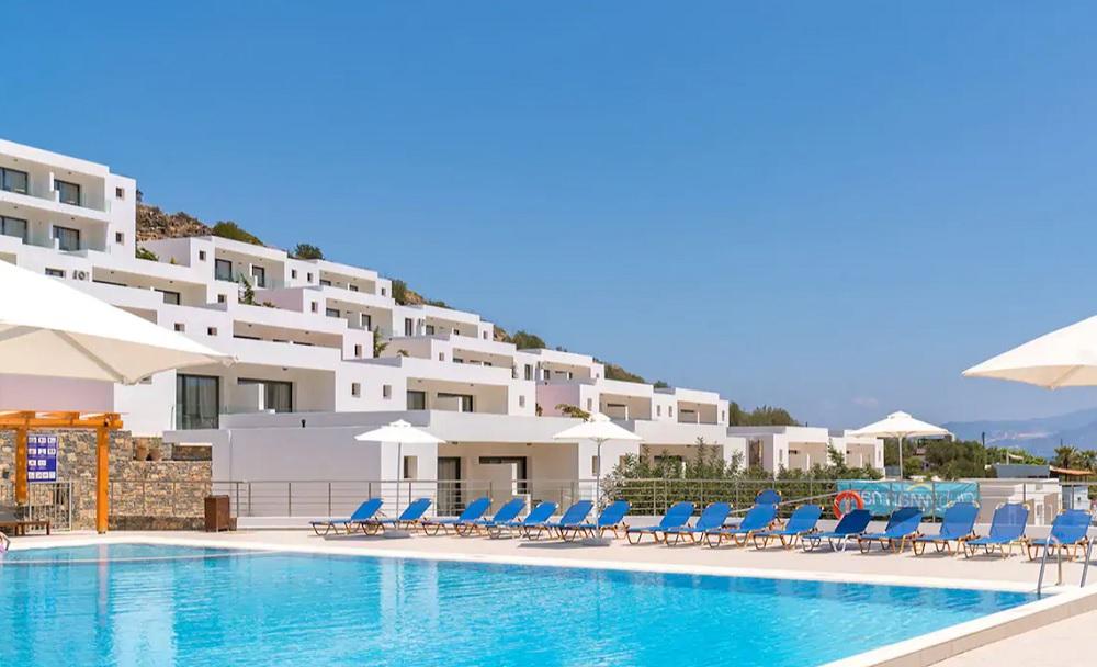 Lanzarote, Djerba ou le Portugal sont encore accessibles et disponibles chez TUI France - DR