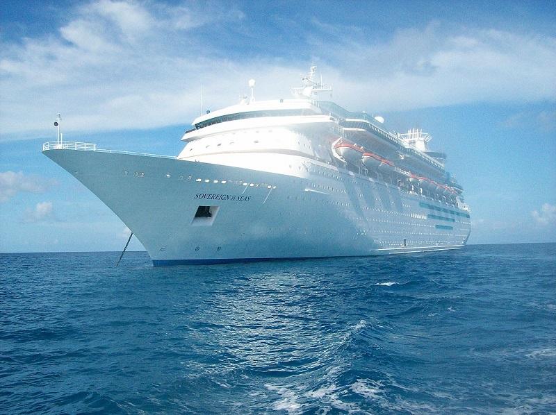 Le Sovereign of the Seas, lancé en 1988, était le plus grand navire à passagers en service dans le monde au moment de son lancement - Photo Wikipedia