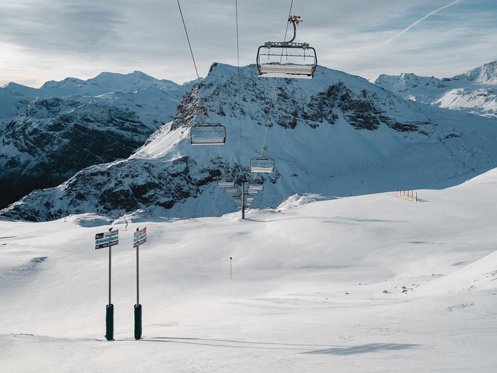 """""""Nous espérons capter une partie des vacanciers qui partent d'habitude au soleil et ne souhaitent pas voyager à l'étranger cet hiver.  Sans oublier la clientèle de proximité de la région Auvergne-Rhône-Alpes qui ne pratique pas toujours les sports d'hiver."""" - Photo crédit Yann Allègre"""