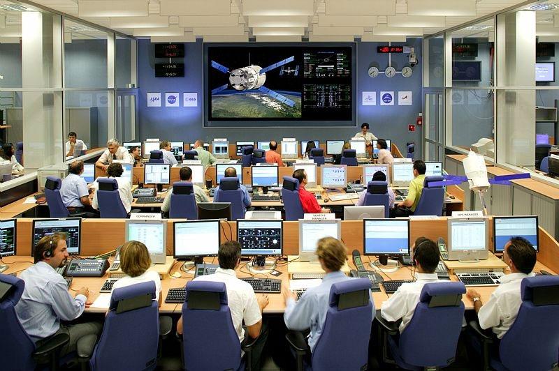 © Service optique CSG / Salle configuration Lancement