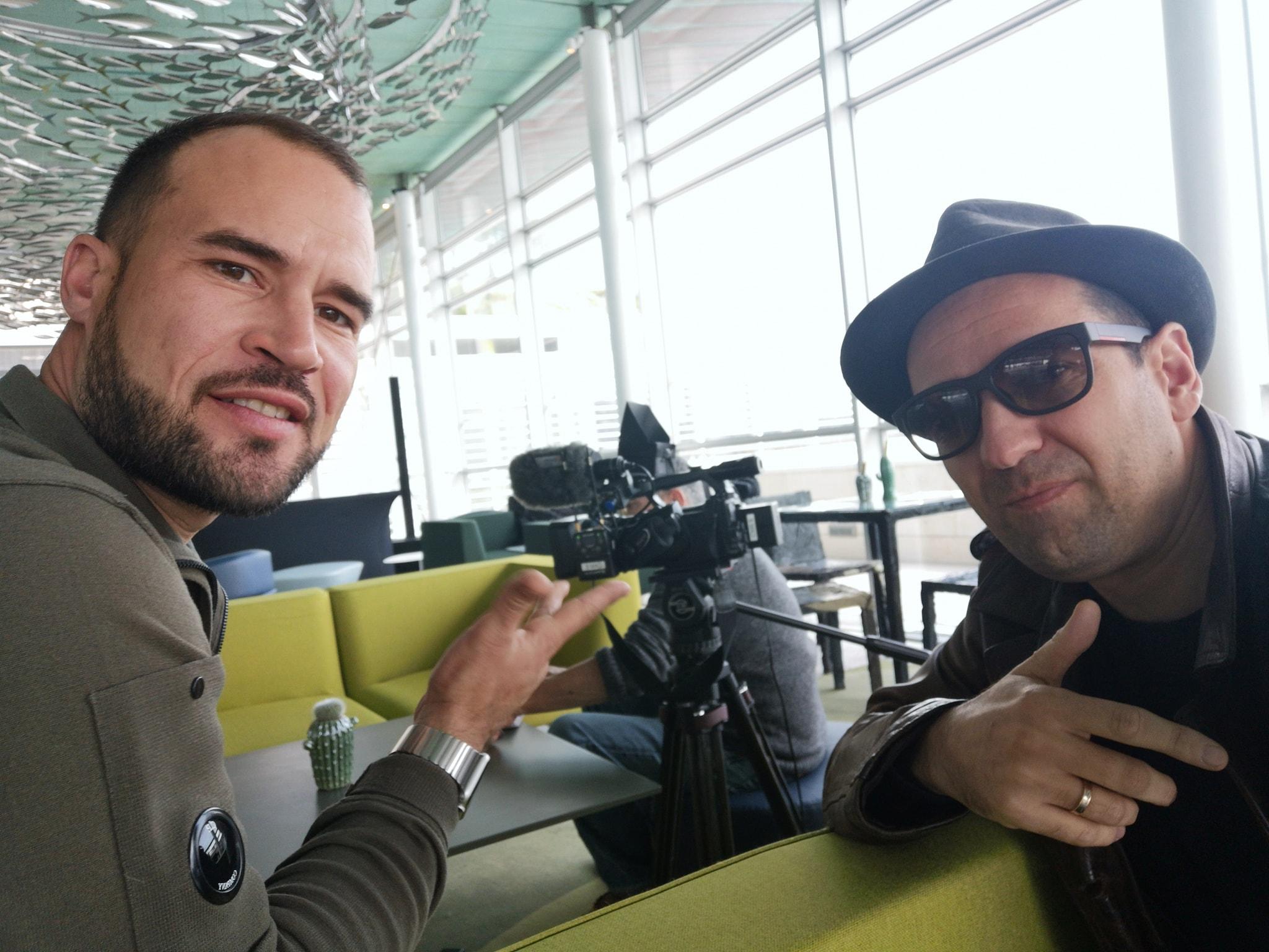 Lasko, l'homme au chapeau avec Fabien da Luz, co-producteur /photo dr