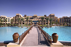 © Saadiyat Rotana Resort & Villas