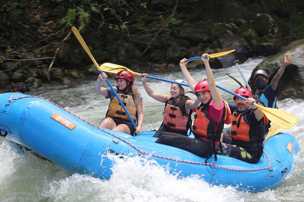 La descente en rafting, l'un des loisirs-phare de la réion de Turrialba /crédit DR