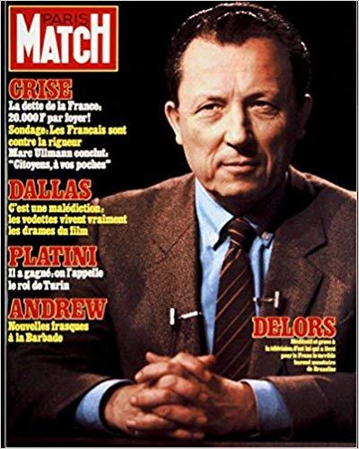 Couverture de Paris Match du 1er avril 1983. La troisième dévaluation du franc Mitterrand - Mauroy a lieu le 21 mars 1983. Jacques Delors, ministre des Finances, annonce un plan de rigueur qui inclut le contrôle des changes et l'instauration d'un carnet de change aux devises - DR