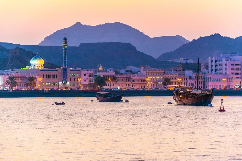 Plus de test PCR à présenter avant le départ et plus de quarantaine imposée à l'arrivée au Sultanat d'Oman (photo: Adobe Stock)