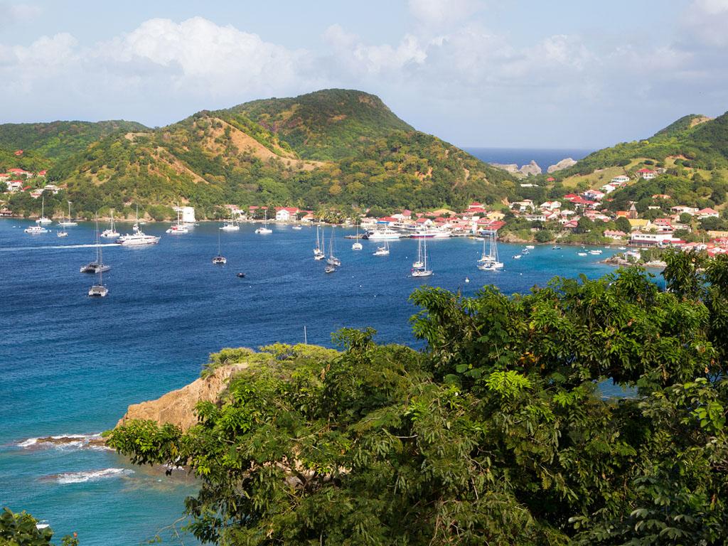 L'Outre-mer bat des records avec des croissances à 3 chiffres : Guadeloupe (+248,8%), La Réunion (+293,6%) et Martinique (+142,5) - Depositphotos.com Photo Martinique