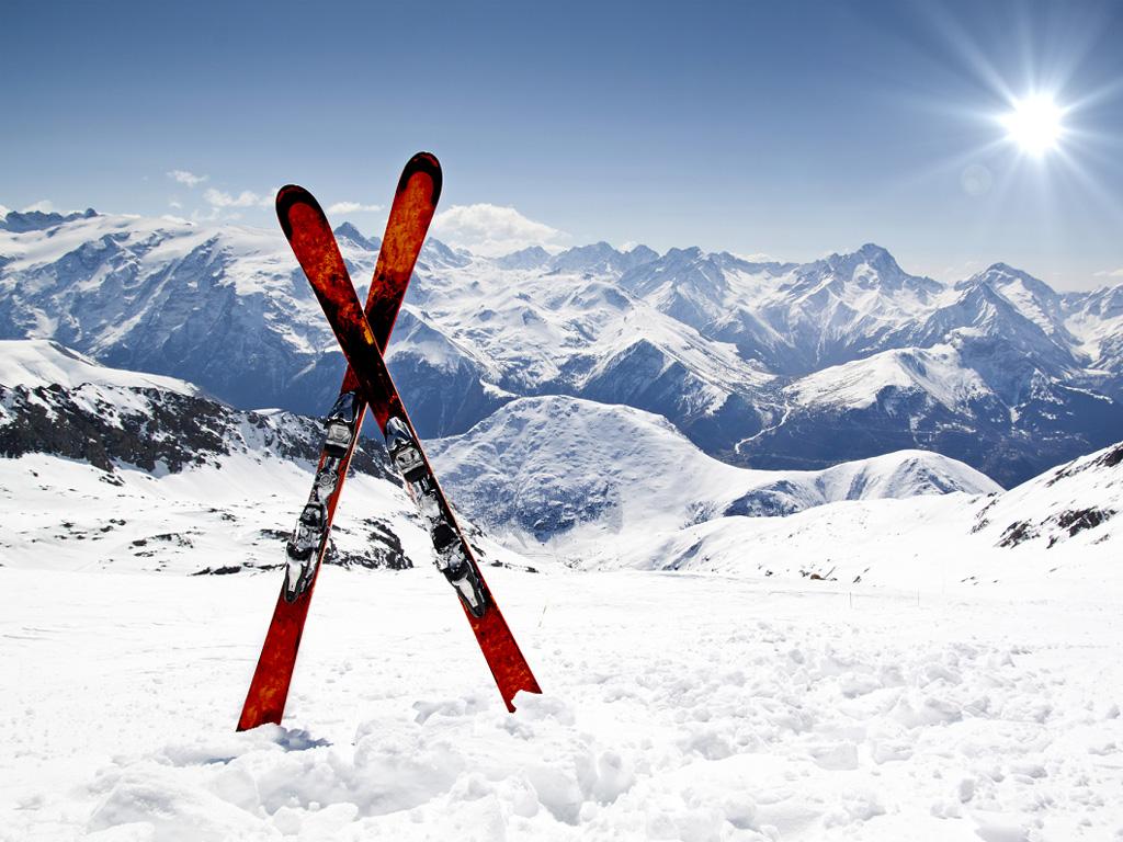 """""""Compte tenu de la situation sanitaire actuelle, nous demandons expressément l'ouverture au 7 janvier des domaines skiables situés dans les régions où la situation le permet"""" - Depositphotos.com"""
