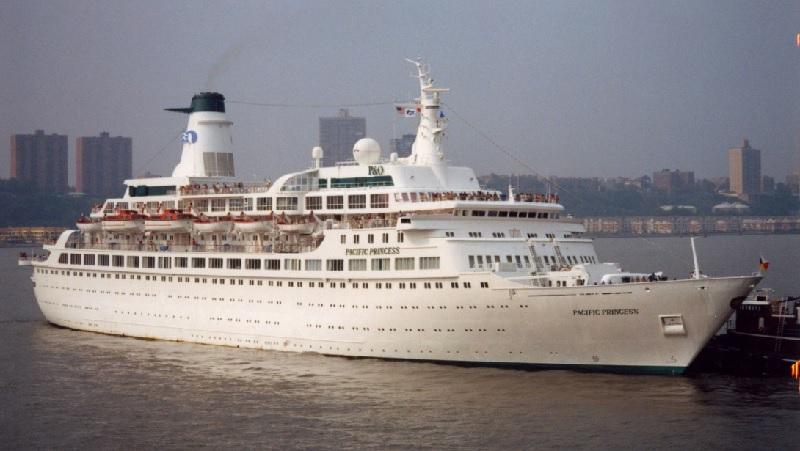 Le Pacific Princess est devenu célèbre pour son apparition dans la série télévisée La Croisière s'amuse - DR