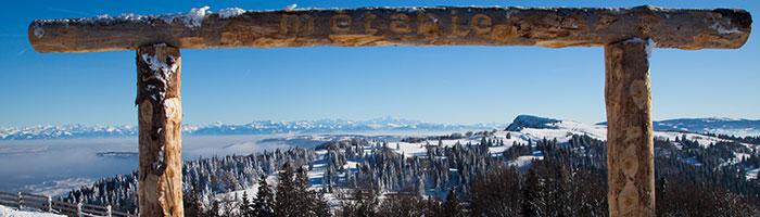Panorama sur le chaine des Alpes et le Mont d'Or à Métabief - ©Sophie Cousin