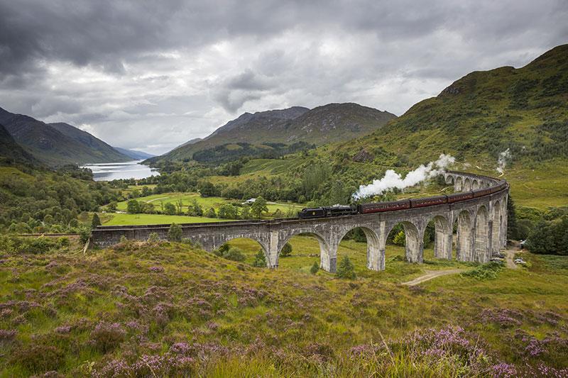 Jacobite steam train, Glenfinnan Viaduct - DR VisitScotland - Kenny Lam