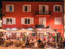 © Lezbroz / Porto-Vecchio by night