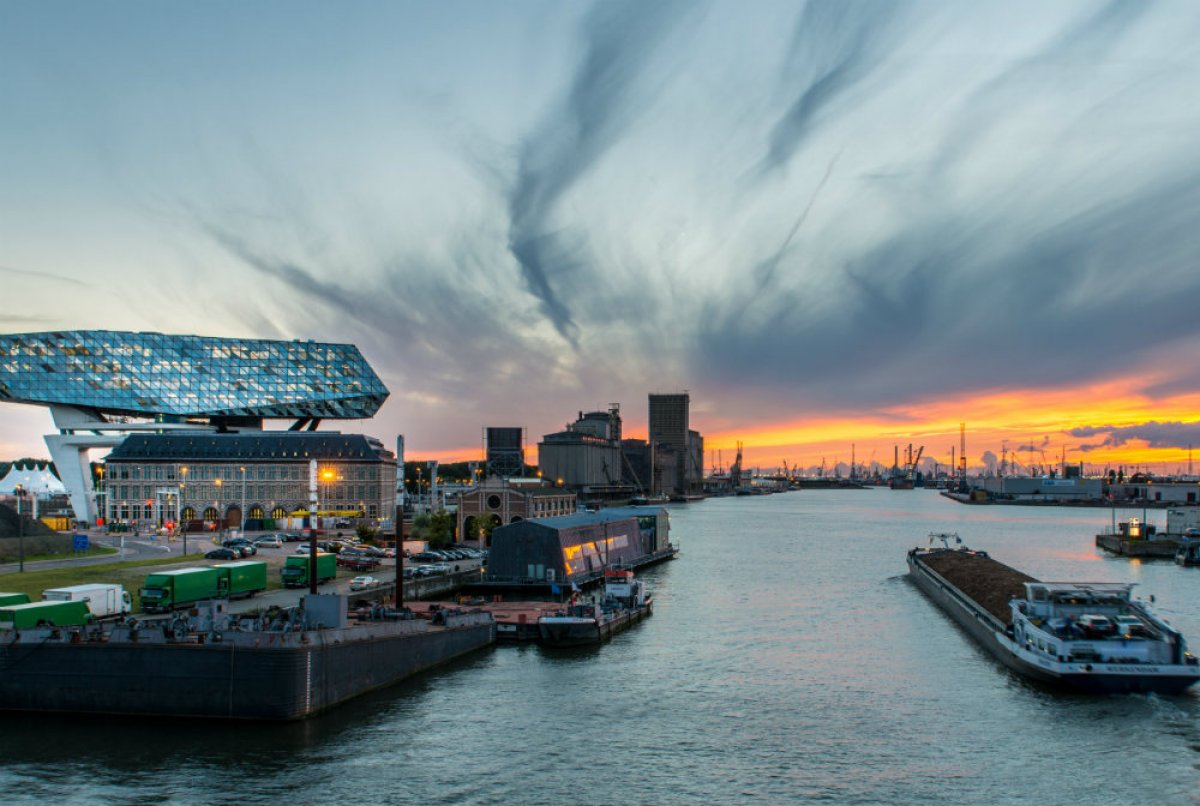 Anvers : The port house-cep