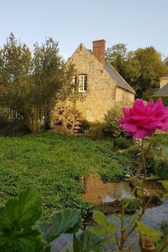 """Veules-les-Roses est aussi labellisé """"Plus beaux villages de France"""" - DR : Ben Collier, Normandie Tourisme"""