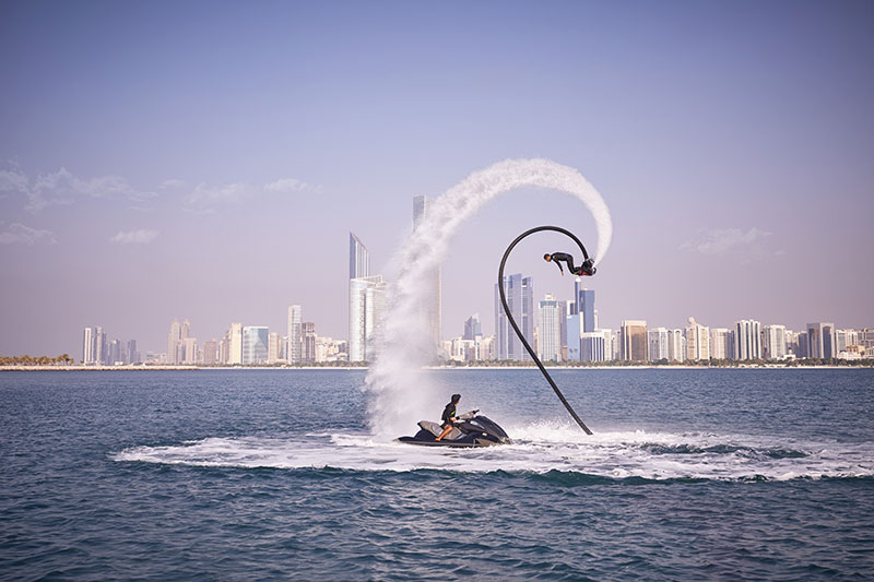 Flyboard © Abu Dhabi Department of Culture and Tourism