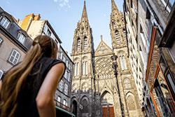 Cathédrale rue des Gras ® Alamy