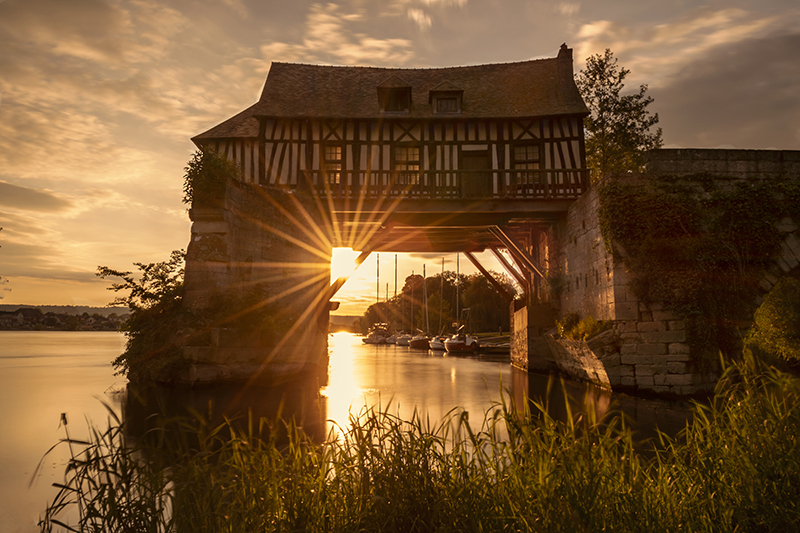 © Normandyexperience - Vieux-MoulinVernon