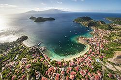 © Aurélien Brusini/Comité du tourisme des îles de Guadeloupe - Baie de Marigot, Terre-de-Haut, LES SAINTES