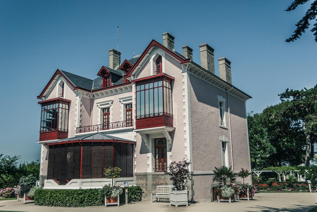 Eden en France part à la découverte de Granville (Manche) et du musée Christian Dior. - DR