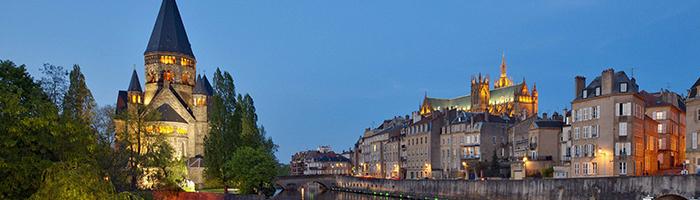 Temple Neuf et Cathédrale Saint-Etienne © Studio Hussenot