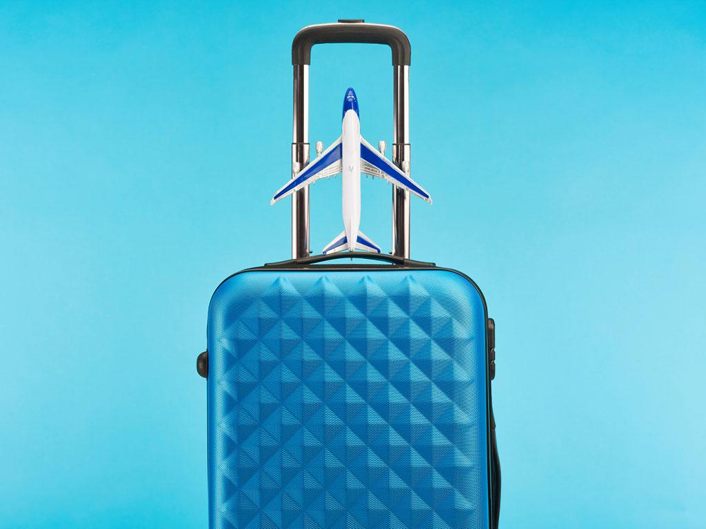 Jean-Baptiste Lemoyne, Secrétaire d'Etat en charge du tourisme a confirmé lundi 26 mars lors d'une réunion avec les représentants de la profession qu'il sera possible d'aller en Europe en respectant les règles de chaque pays - Depositphotos.com VadimVasenin
