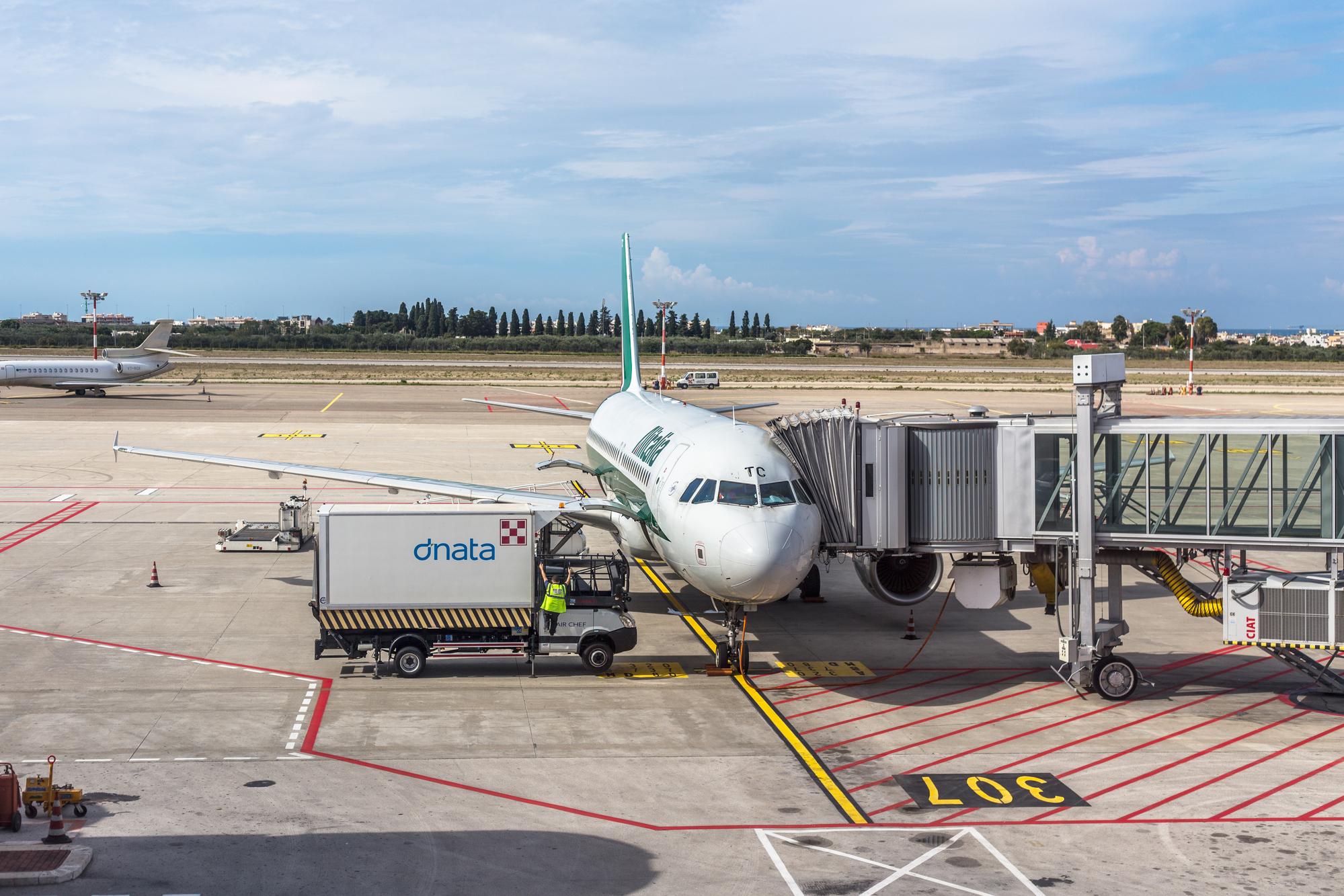 Une nouvelle ligne Alitalia Marseille-Rome  dès le 3 Juin 2021, avec 3 Fréquences hebdomadaires les lundis, jeudis, et dimanche /crédit DepositPhoto