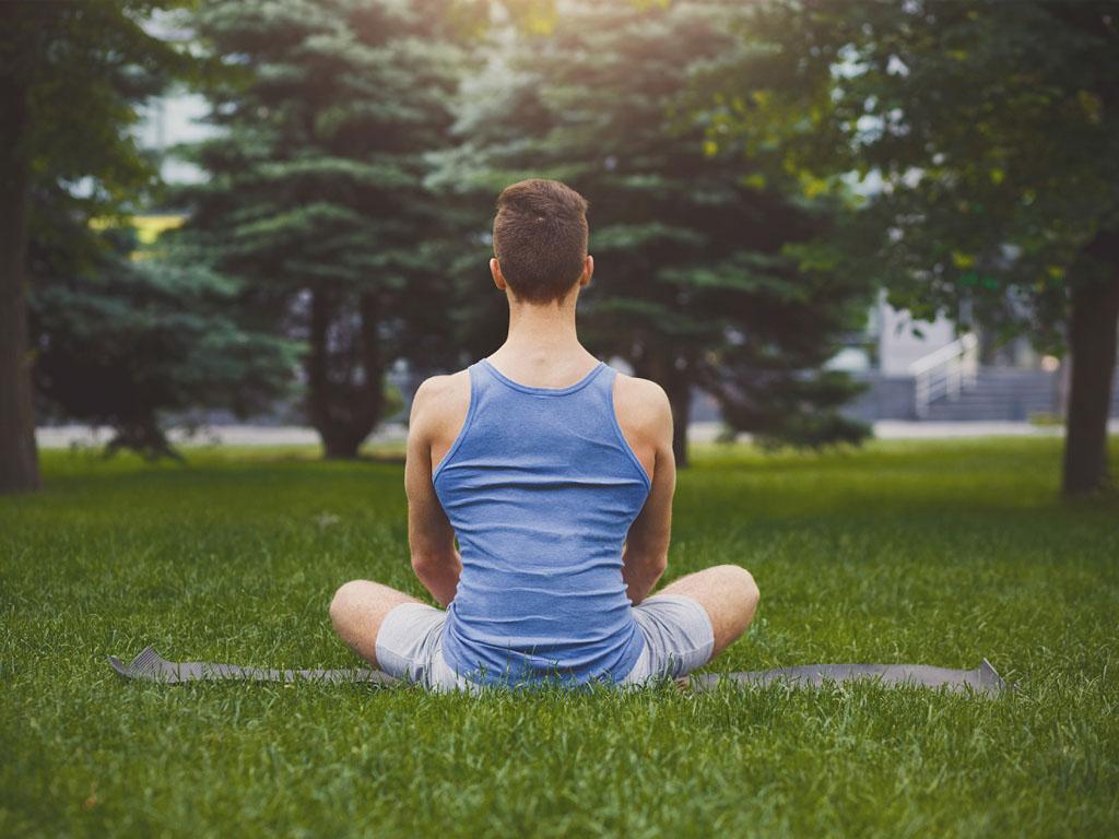 Palm Beach Amrit Ocean Resort & Residences, propose un jardin dédié à la méditation, des douches de vitamines C, des studios de yoga et des cours de cuisine tandis qu'un coach disponible 24 heures sur 24, peut intervenir à tout moment pour prendre en charge des coups de stress ou de spleen - Depositphotos.com