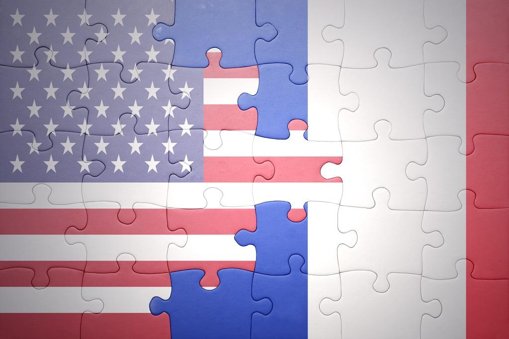 """Jean-Baptiste Lemoyne sur l'ouverture du tourisme aux voyageurs américains : """"Le bureau d'Atout France a confirmé également que de nombreuses réservations ont été engrangées. Nous nous mettons en position d'accueillir les clientèles internationales au 9 juin 2021."""" Depositphotos.com Ruletkka"""
