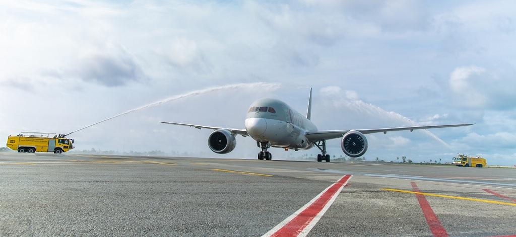 Qatar Airways atterrit pour la première fois à Abidjan. La compagnie opère désormais trois vols hebdomadaires entre Doha  et la Côte d'Ivoire, via Accra - DR : Qatar Airways