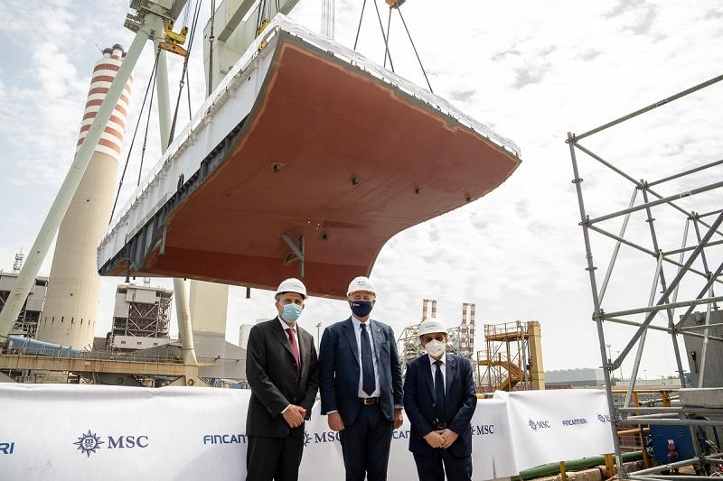 Roberto Olivari, Pierfrancesco Vago et Giuseppe Bono, lors de la cérémonie de la pièce du MSC Seascape - DR : Ivan Sarfatti