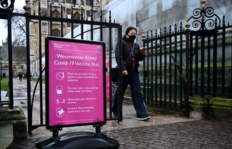 Coronavirus : Plus de 30 millions de personnes au Royaume-Uni ont reçu une première dose de vaccin. Andy Rain/EPA-EFE