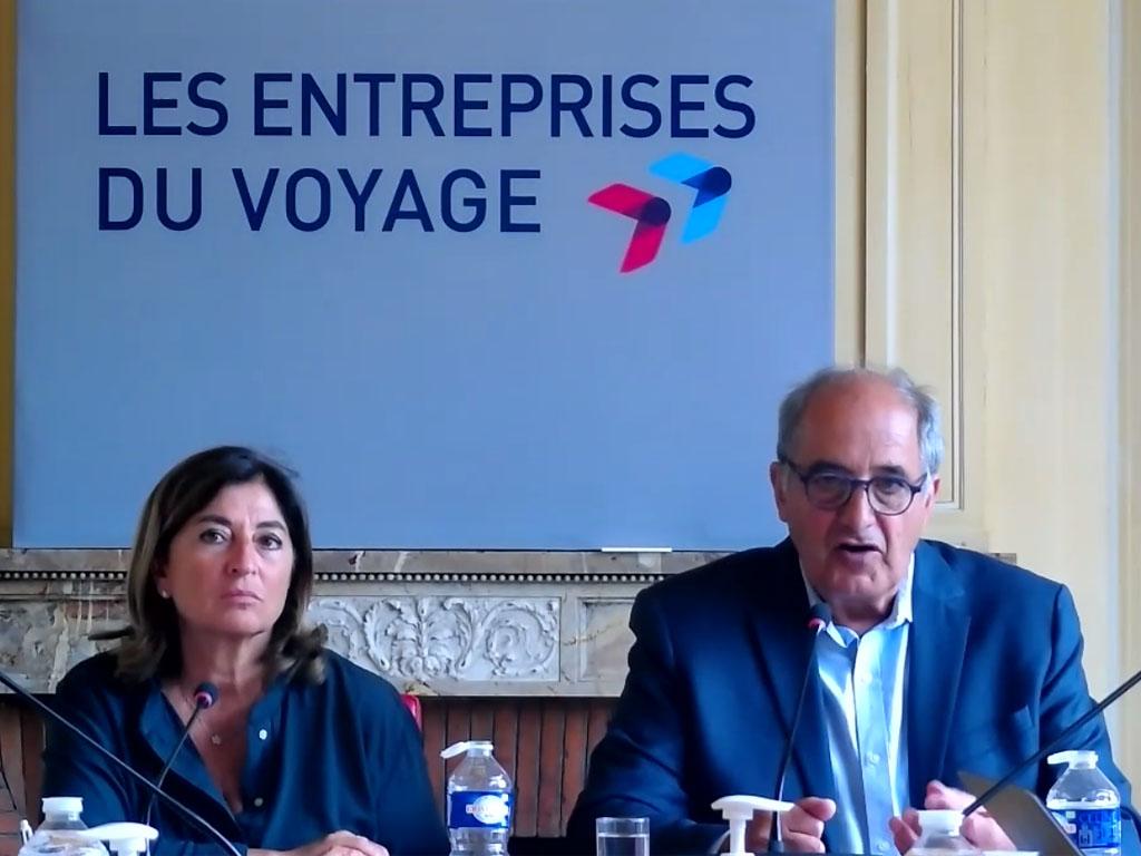 Valérie Boned, Secrétaire générale des Entreprises du Voyage, et Jean-Pierre Mas, Président, lors de la conférence de presse organisée ce 29 juin 2021. A cette occasion le syndicat est revenu sur le sujet des avoirs émis dans le cadre de l'ordonnance du 25 mars 2020 - Capture écran