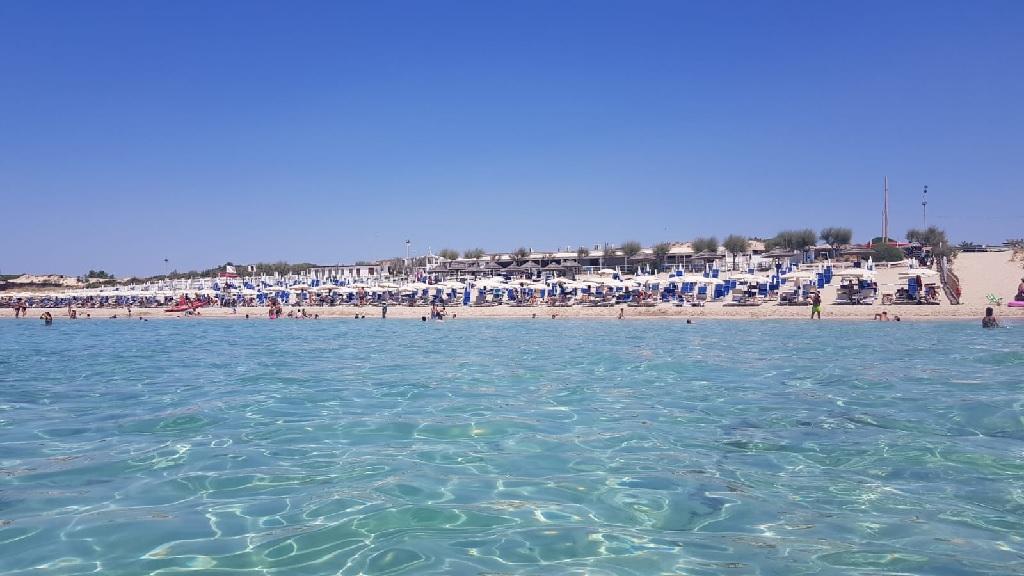 Journée plage à Tarente dans le Sud de l'Italie - Photo CE