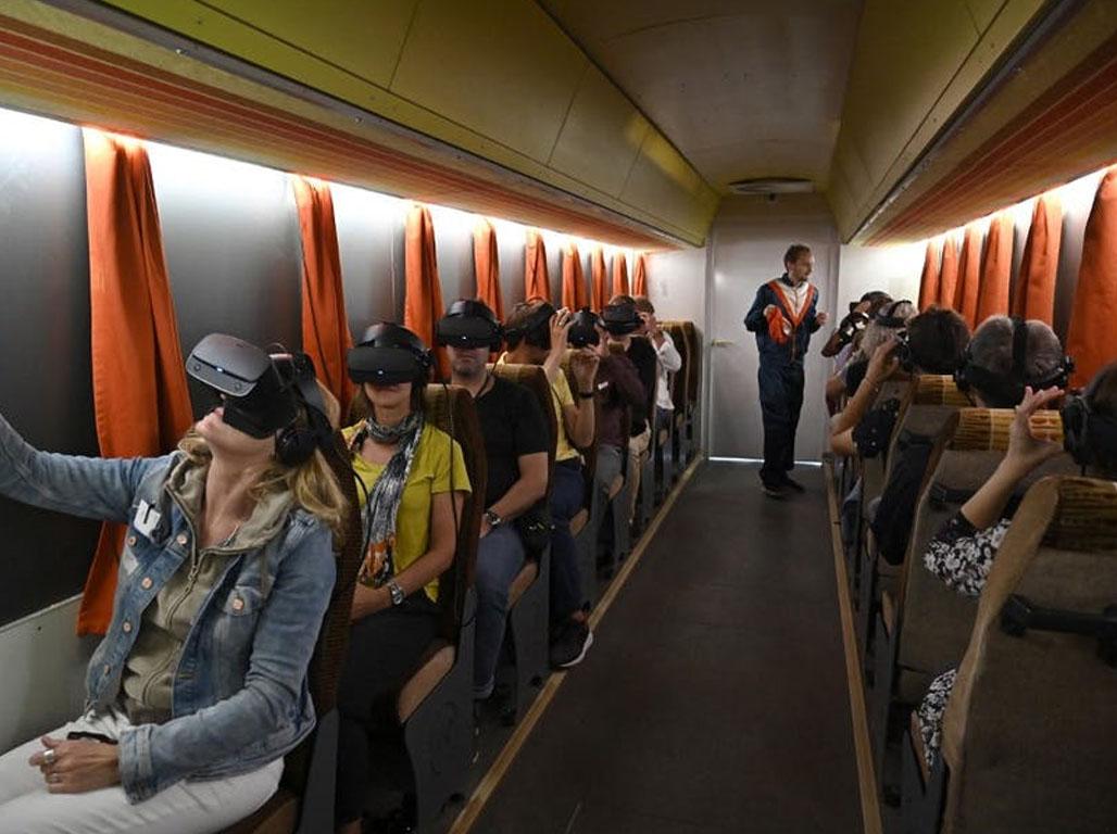 Visiter un endroit virtuellement pousse à s'y rendre réellement par la suite. Tobias Schwarz / AFP