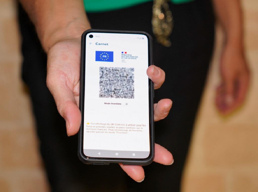 Depuis lundi 30 août 2021, le passe sanitaire est imposé au personnel en contact du public. - Depositphotos