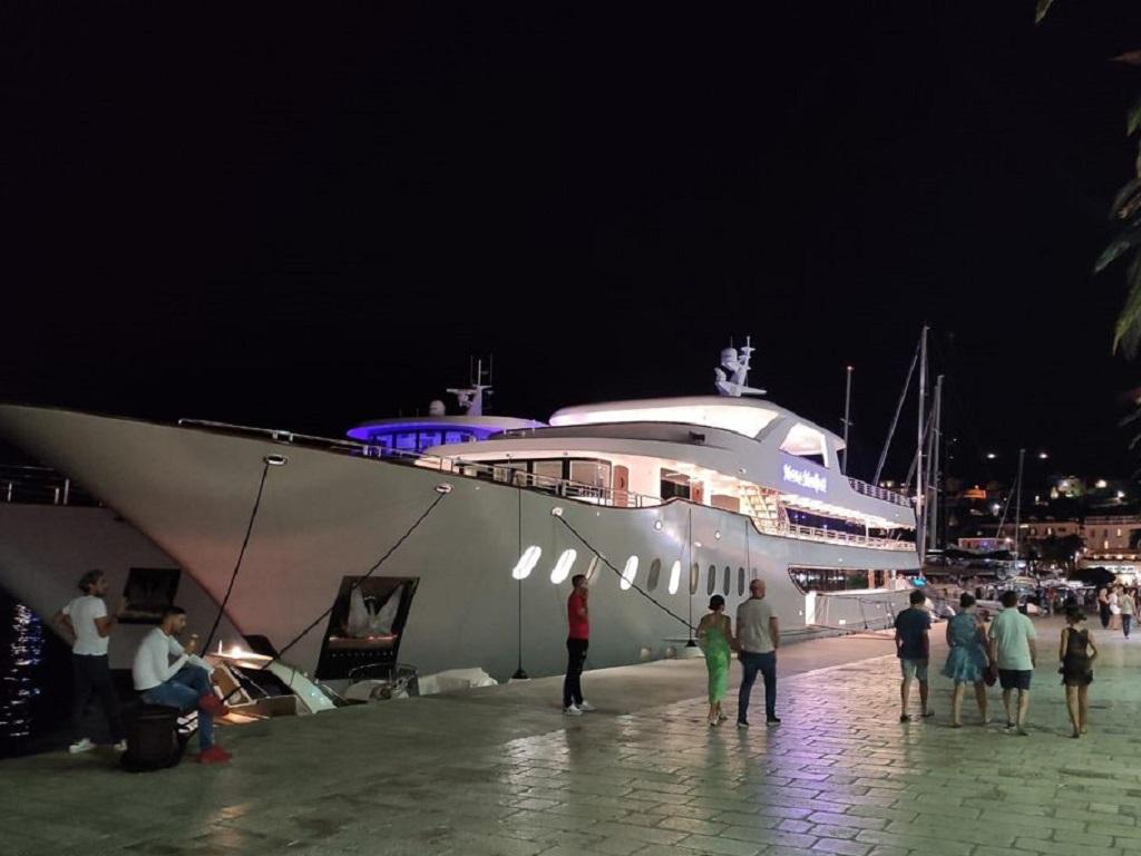 Groupe Géovisions (Evasion & Découverte, réseau Géovisions) reporte le long-courrier vers l'Europe et affrète, en 2022, un yacht de 19 cabines, en Croatie. - DR : Evasion & Découverte