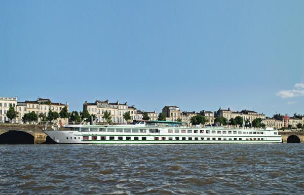 CroisiEurope propose, en mer ou sur les fleuves, une alternative attractive sur le marché de la croisière - DR