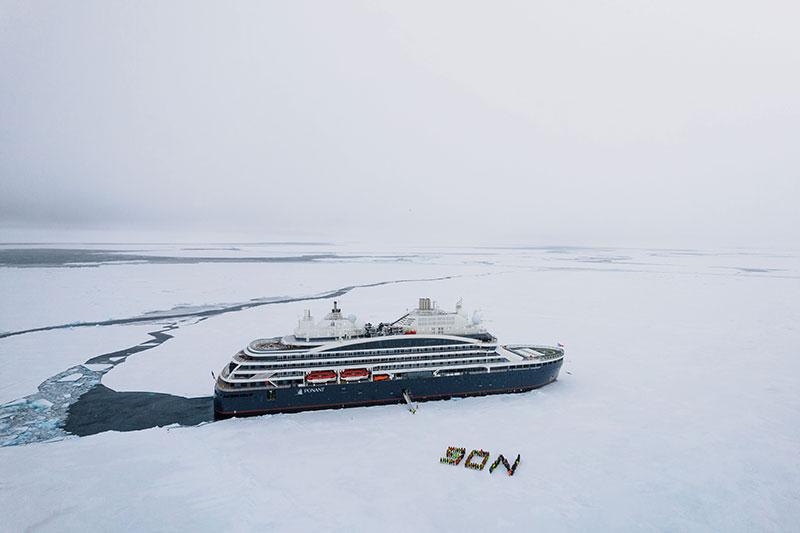 Le pôle Nord géographique à bord du Commandant Charcot © Studio PONANT - Nath Michel