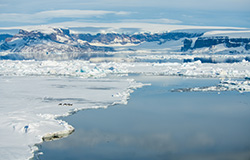 Mer de Weddell, figée en grande partie par une banquise épaisse et compressée © StudioPONANT / Olivier Blaud