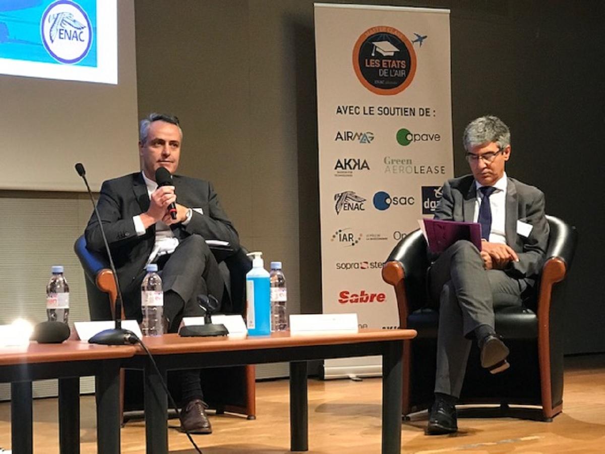 La 2e édition des Etats de l'Air s'est tenue jeudi 30 septembre 2021. Sur la photo, Xavier Eiglier, Executive Vice President CMA CGM AIR CARGO et Laurent Timsit, délégué général de la FNAM - DR : C.H.
