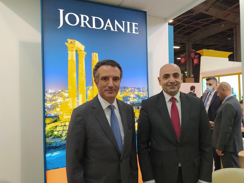 Mr. Nayef Al Fayez, ministre du tourisme et des antiquités de Jordanie et Dr. Abel Al-Razzaq Arabiyat, directeur de l'Office de promotion du tourisme, mardi 5 octobre, à l'IFTM Top Resa, à Paris. - CL