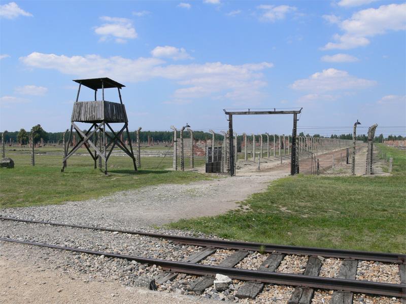 Sept & Demi est spécialiste de l'Europe Centrale et de l'Europe de l'Est. Les voyages de mémoire sont très liés à Shoah. L'une des destinations importante est le camp d'Auschwitz-Birkenau, en Pologne © Jiri Gazarek - Fotolia.com
