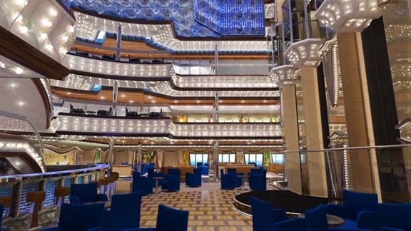 Le prochain navire amiral Costa, qui présente une jauge brute de 132.500 tonneaux pour l'accueil de près de 5.000 hôtes, sera livré en octobre 2014 /photo Costa