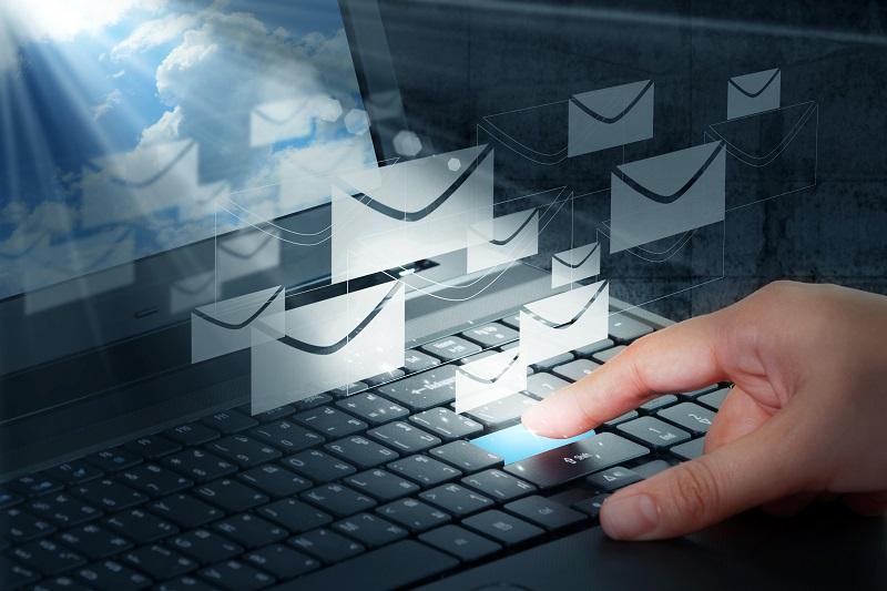 En plus de la saisonnalité, il y a également certains temps propices de la journée pour envoyer ses emails aux clients potentiels © buchachon - Fotolia.com